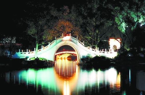 从来没有想过,在中国还有城市如此美丽———我竟然无法确定这