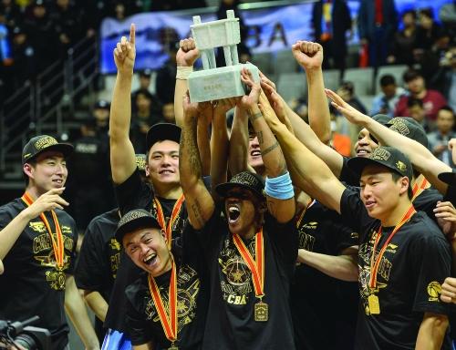 北京队拿到cba总冠军