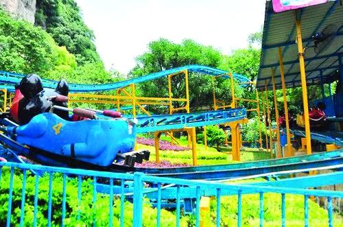 柳州市动物园游乐场