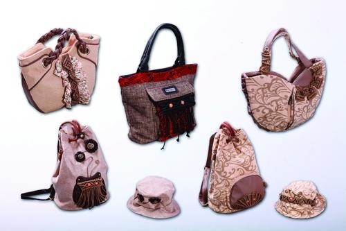 一种带有桂林元素的布包