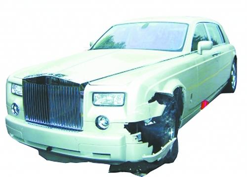 桂林劳斯莱斯车祸9月25日桂林车祸劳斯莱斯车祸图片